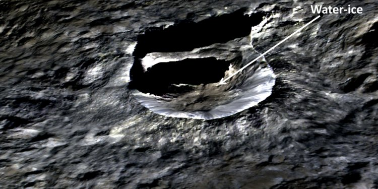 The small bright crater Oxo